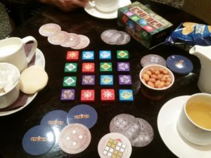 Codinca - The perfect game at coffee time.