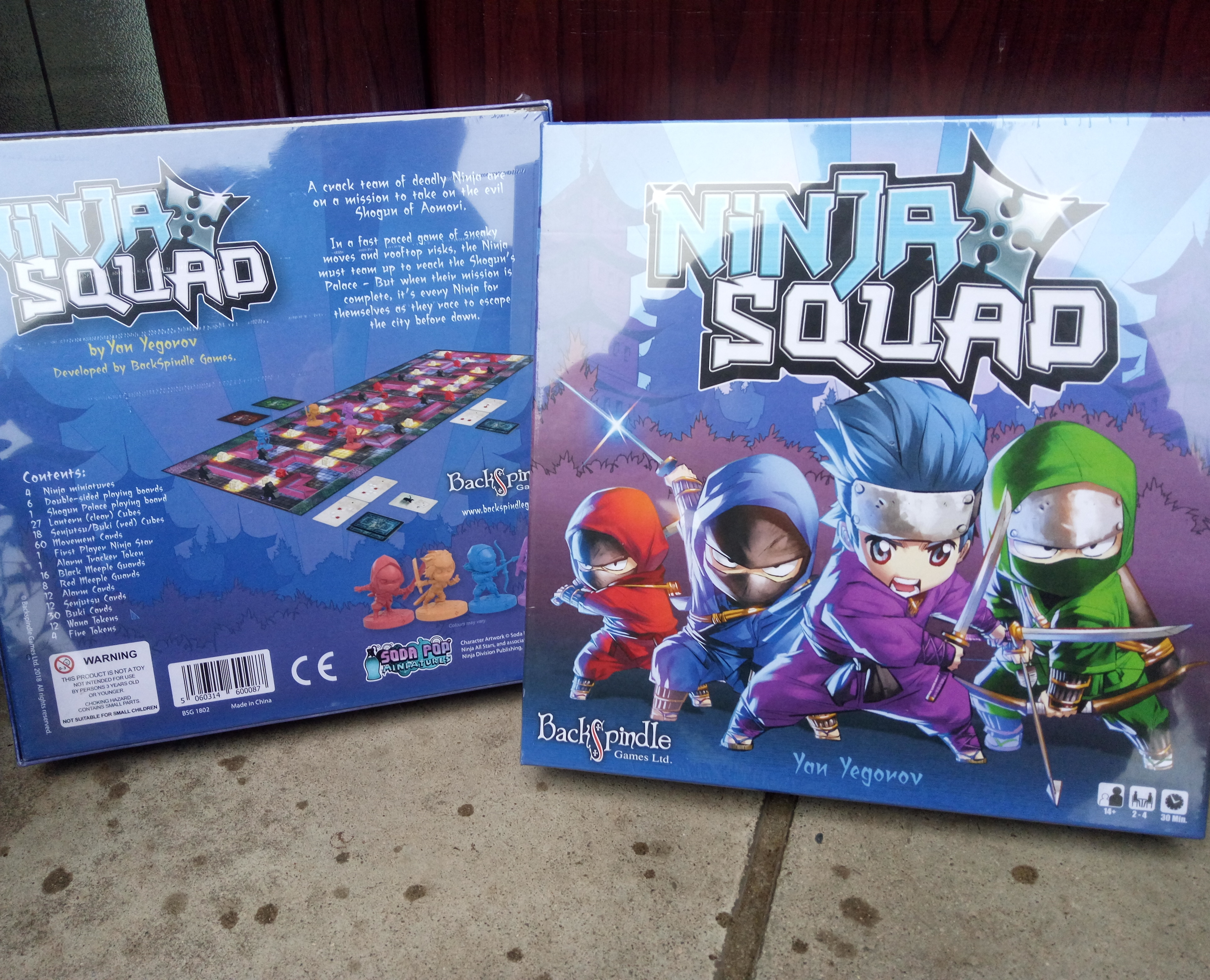 Sam Healey from the Dice Tower unboxes Ninja Squad